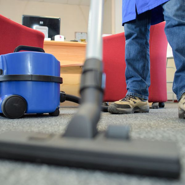 commercial carpet vacuuming